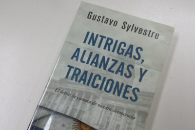Intrigas2